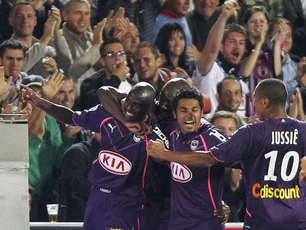 Bordeaux-celebrates